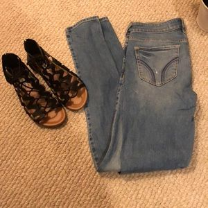 Hollister topped skinny jeans